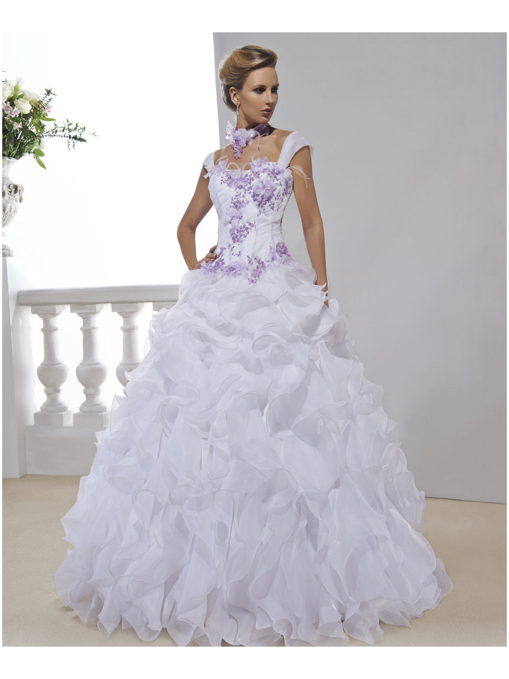 Robe mariee parme ivoire